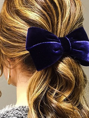 blue velur bow